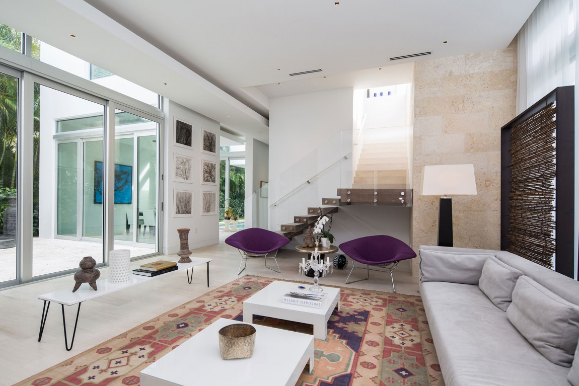 The most beautiful modern home in florida shoproomideas for Small house design houzz