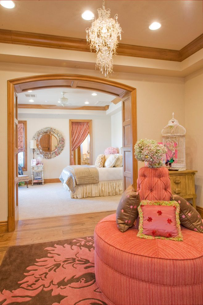 Brown And Pink Decorating Circle Sofa Coffee Table 3 Steps To A Girly Bedroom Shop Room