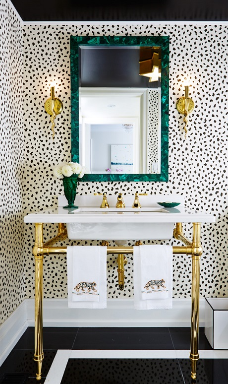 Amazing animal print wallpaper ideas shoproomideas - Powder room wallpaper ideas ...