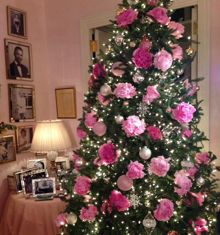 mariah careys christmas tree featured in cosmopolitan - Pink Christmas Tree Decorations