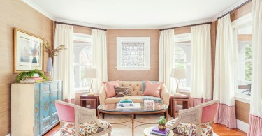 how to decorate feminine rose quartz peach nude pink pastel living room dining room grasscloth stripe pantone 2016 colour trends wallpaper shop-room-ideas blue turquoise dresser tufted sofa