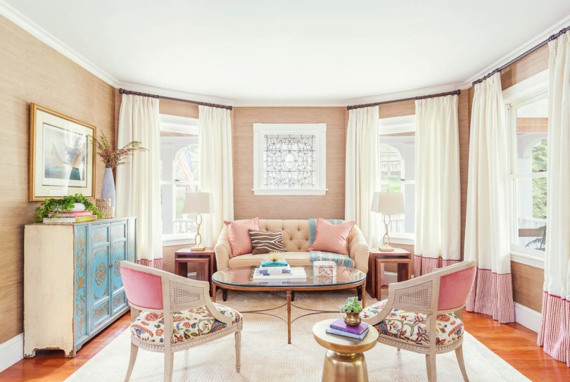 how to decorate feminine rose quartz peach nude pink pastel living room dining room grasscloth stripe pantone 2016 colour trends wallpaper shop-room-ideas blue turquoise dresser tufted sofa