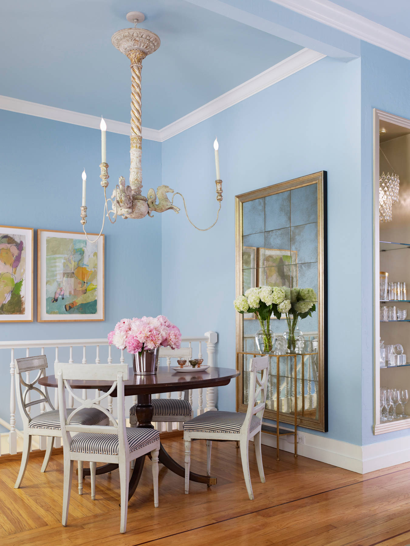 5 stunning pastel rooms decorating with pantone 2016 Dining room color ideas for a small dining room
