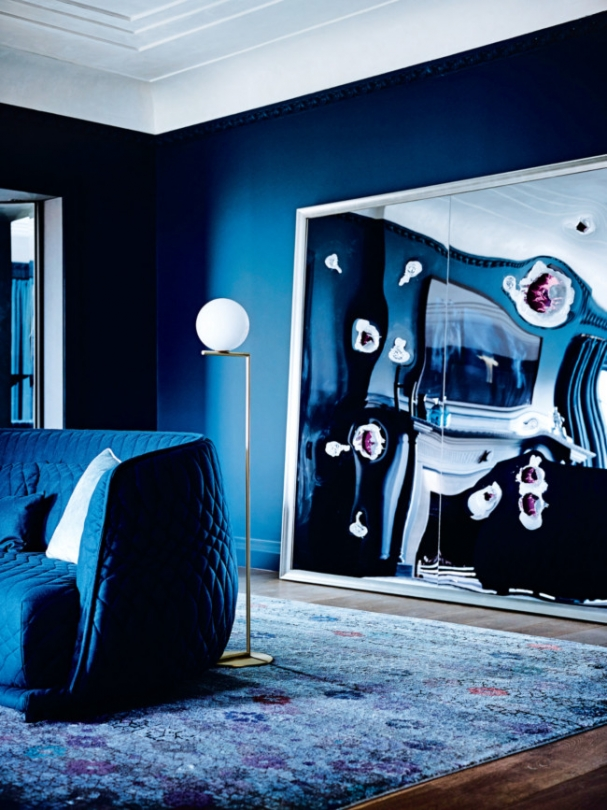 all blue living room jewel color room navy dark moody style ideas