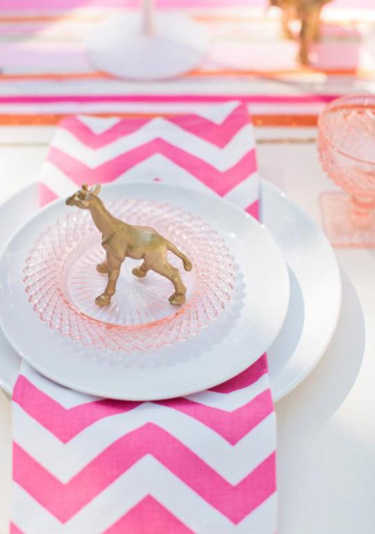 chevron table setting hot pink crystal nude bridal shower wedding ideas girly feminine kitchen tableware shop room ideas how to set inspiration pinterest