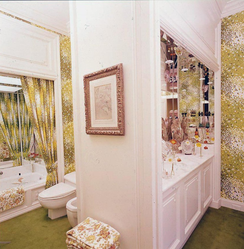 san francisco apartment wallpaper retro green floral print white celebrity home tour pinterest 1974