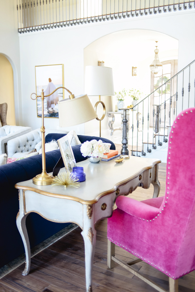 workspace mini office hot pink sofa chair tuxedo velvet french imperial furniture versailles parisian vanity gold and white makeover living room ideas coastal hamptons shop room ideas pinterest