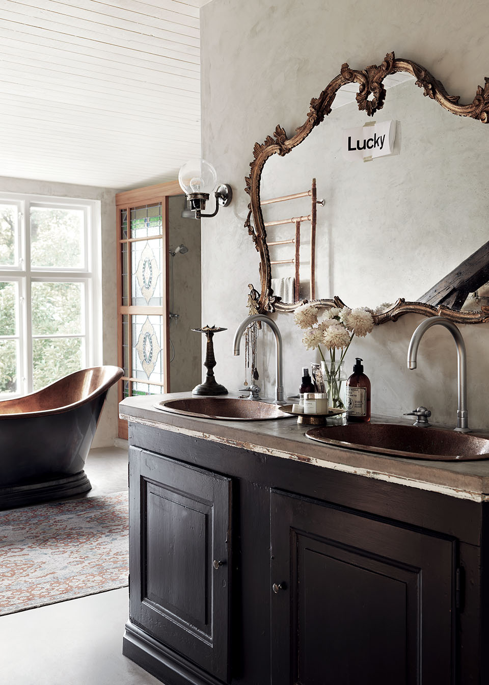 bathroom double sink rustic vanity inspiration farmhouse decor copper bathtub gilded gilt gold mirror