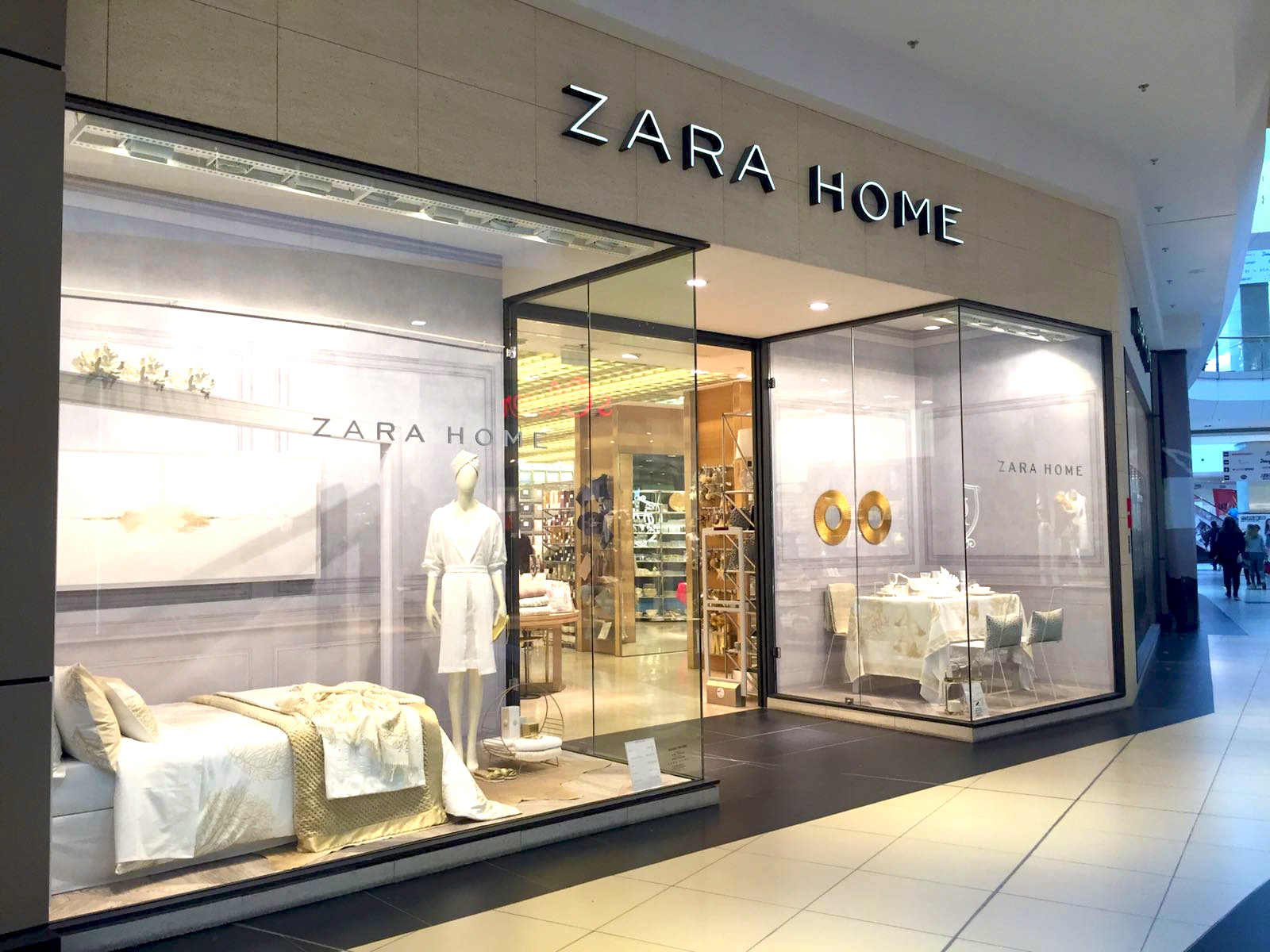 5 pretty decor finds from my zara home shopping spree for Display bedroom ideas