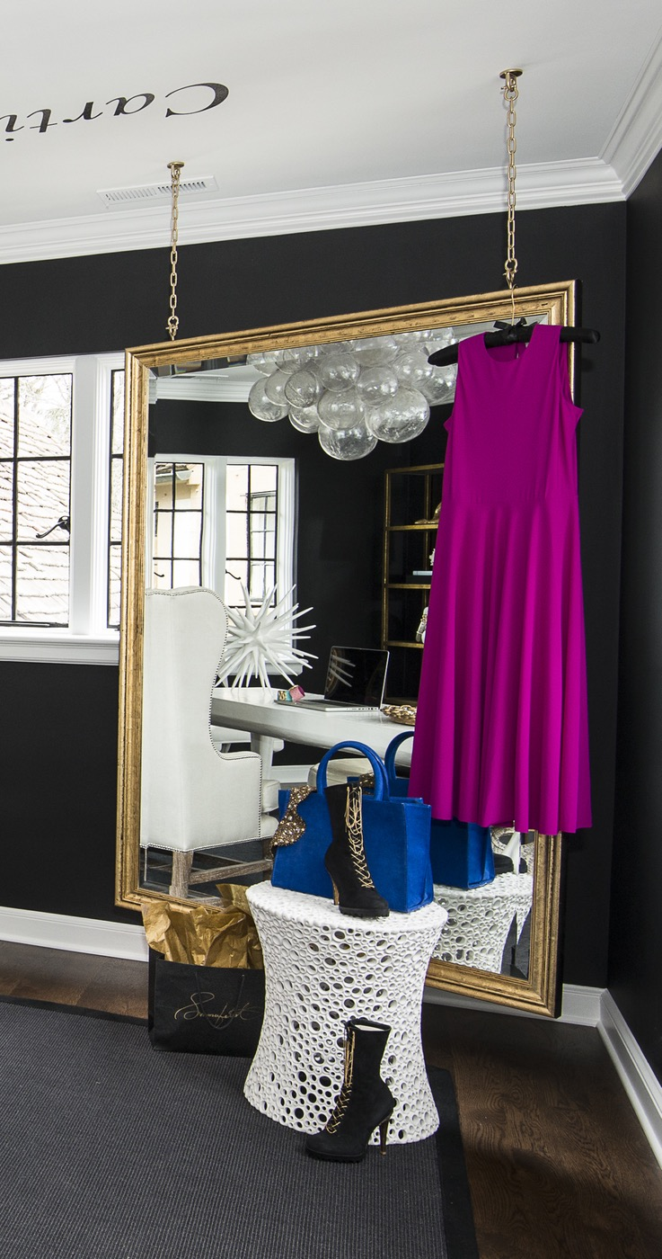 Tour This Amazing Fashion Blogger S Transitional Home Office