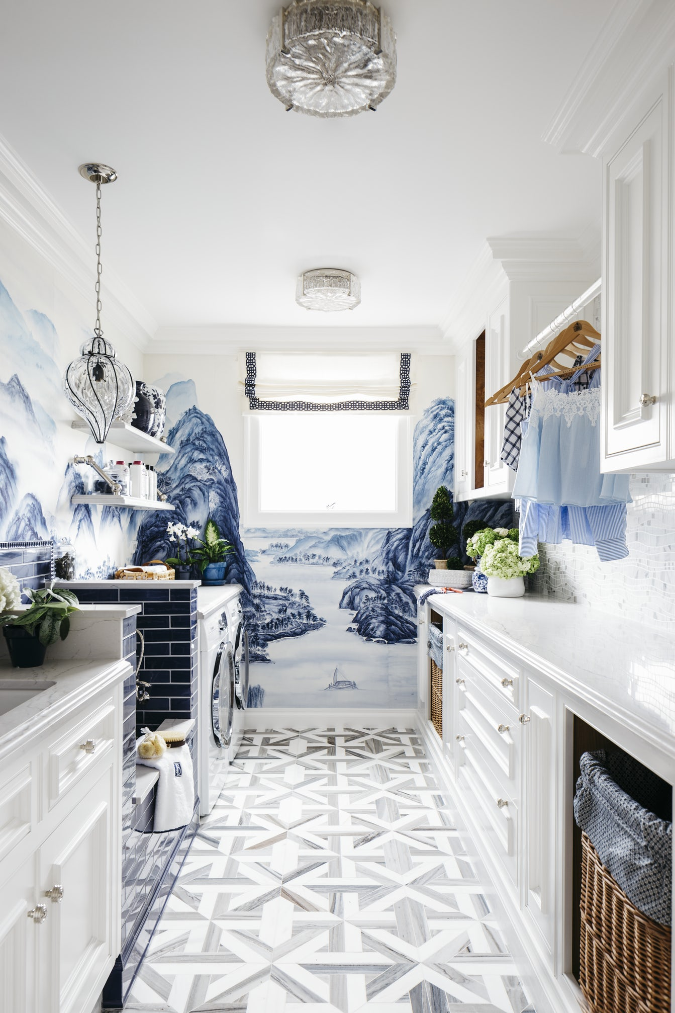 chinoiserie bathroom murals white and blue country farmhouse powder room wallpaper print shop room ideas all white shop room ideas