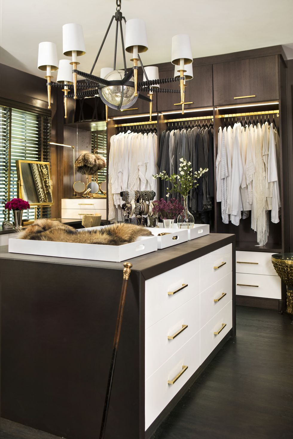 dark brown and white dressing room walk in closet idea shoe organization jewelry hacks on a budget ikea shop room dieas kardashian kylie jenner closet