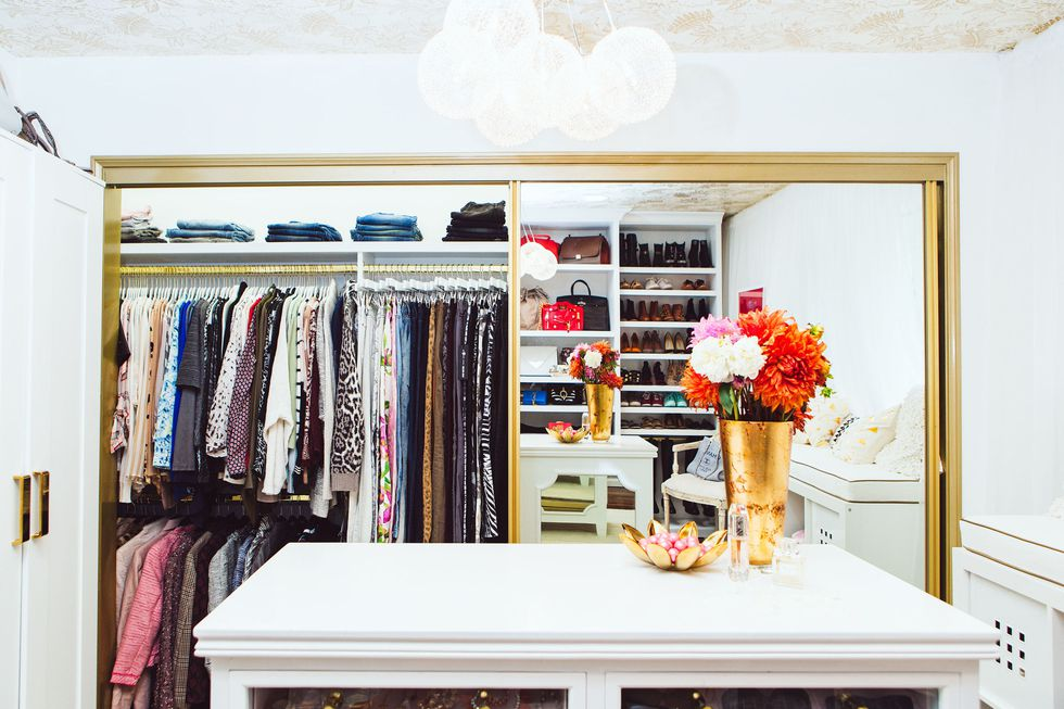 walk in white closet clothes jeans organization hacks on a budget ideas shelves shelving shop room dieas glam celebrity closet