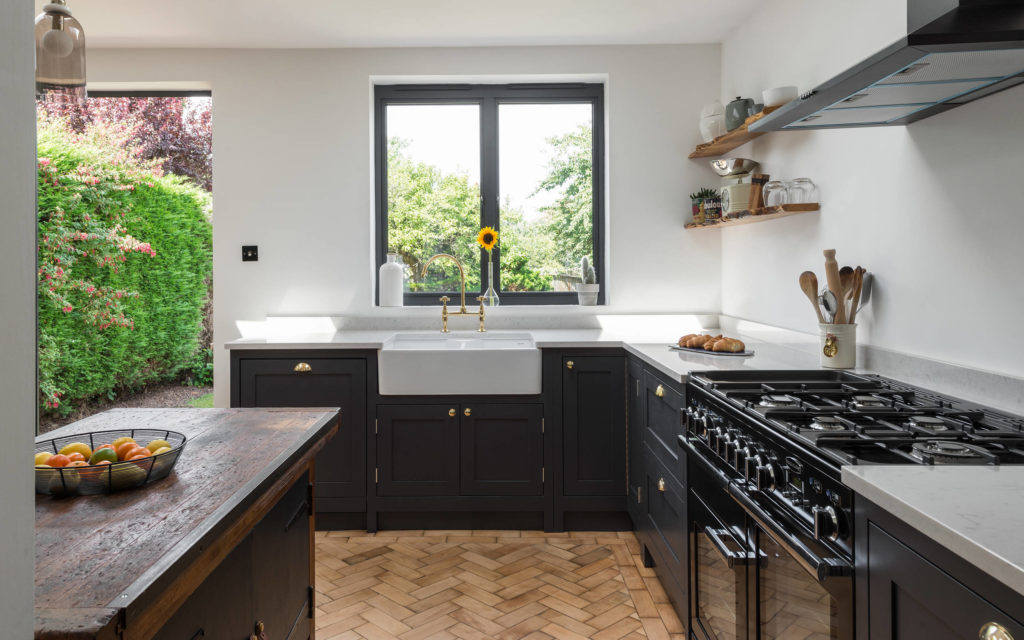 traditional-kitchen black cabinets different types of range cookers the best range cooker electric gas stovetop ideas